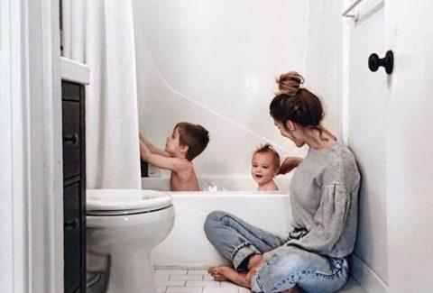 family-bath-retallada